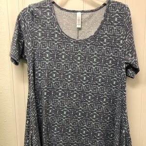 Lularoe Perfect Tee, Sz XS, Aztec/Tribal print